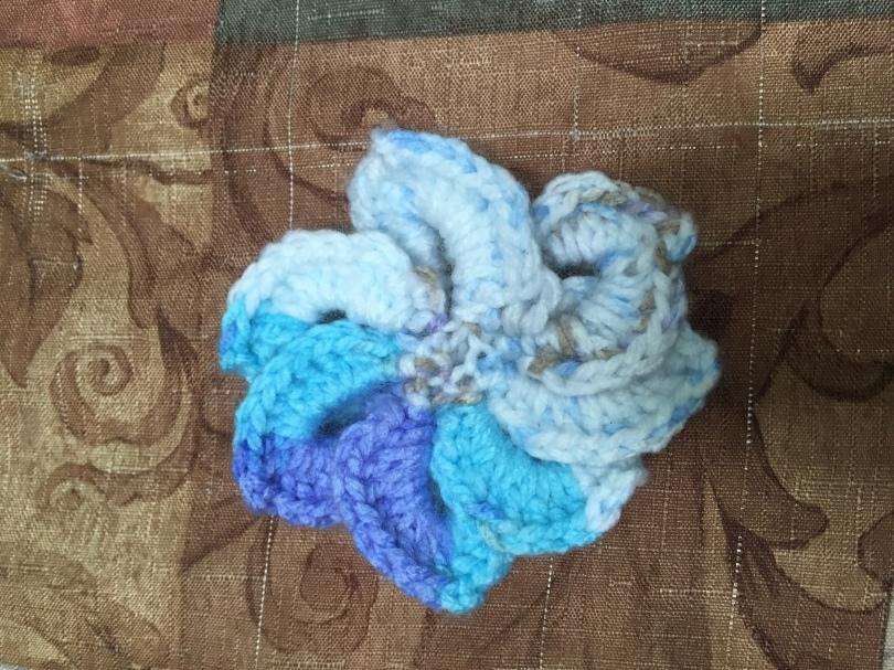 Ronisha - Crocodile Stitch Flower