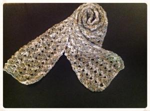Iris stitch scarf